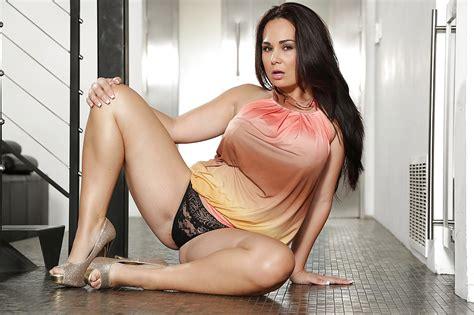 big tits and ass latinas jpg 1024x682