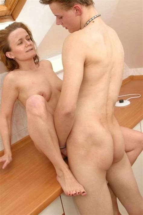 Mom and son free mom son porn tube over videos jpg 797x1200