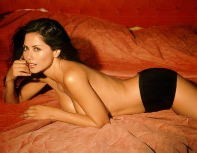 sandra bullock nude german magazine jpg 384x300